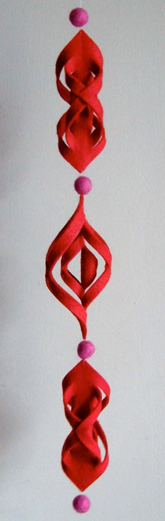 redfelt ornament